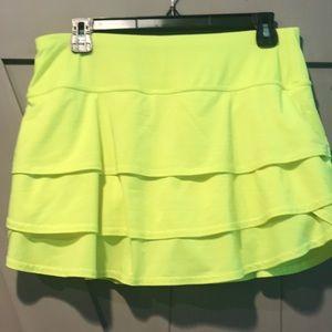 Athleta Swagger Skirt- neon yellow sz M